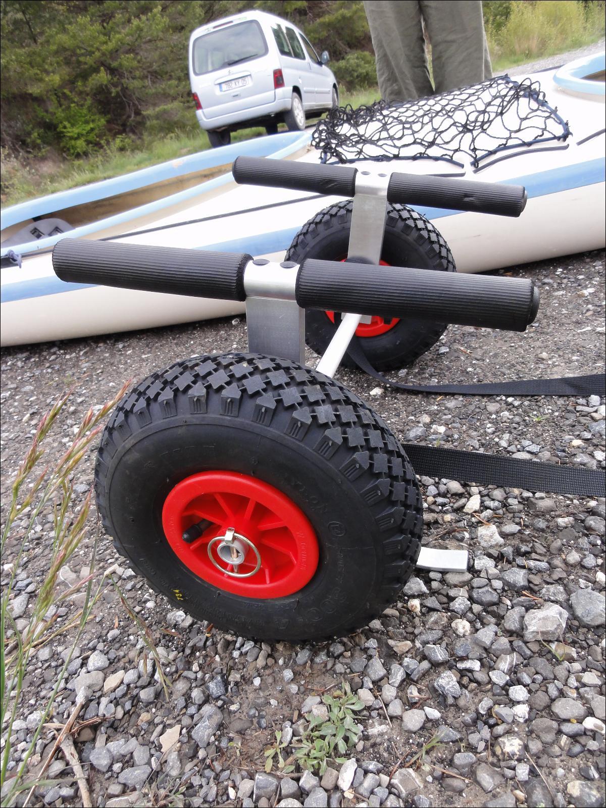chariot kayak de mer