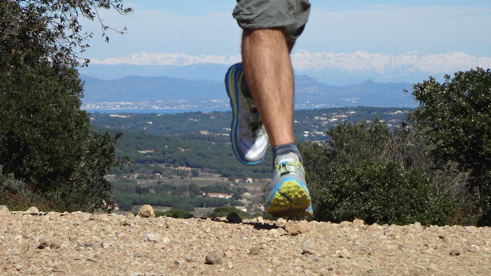 course a pied sur un terrain varie
