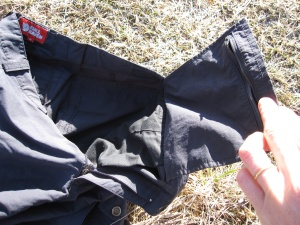 "Pantalon Fjällräven MT Trousers Karla, poche interne zippée ""invisible"""