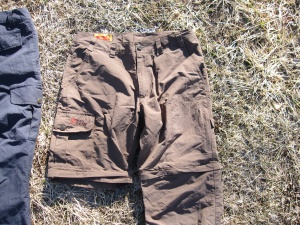 Pantalon Fjällräven MT Trousers Karl zip off : convertible en short au-dessus du genou