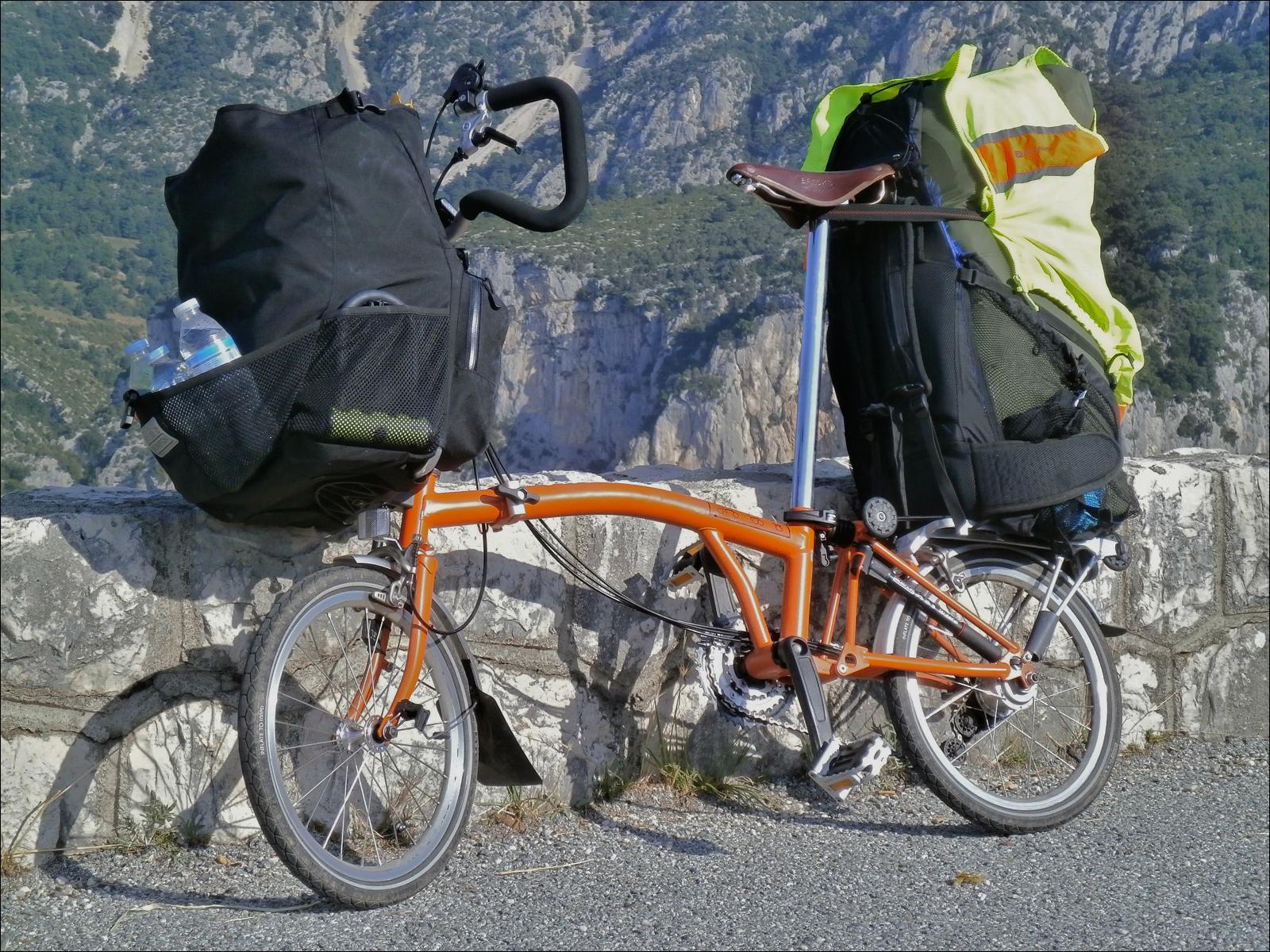 Brompton Electric et bagages Albracka_velo-kayak_03_hr