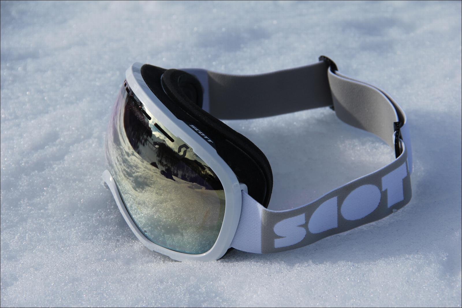 masque de ski scott off grid white ecran light sensitive bronze chrome. Black Bedroom Furniture Sets. Home Design Ideas