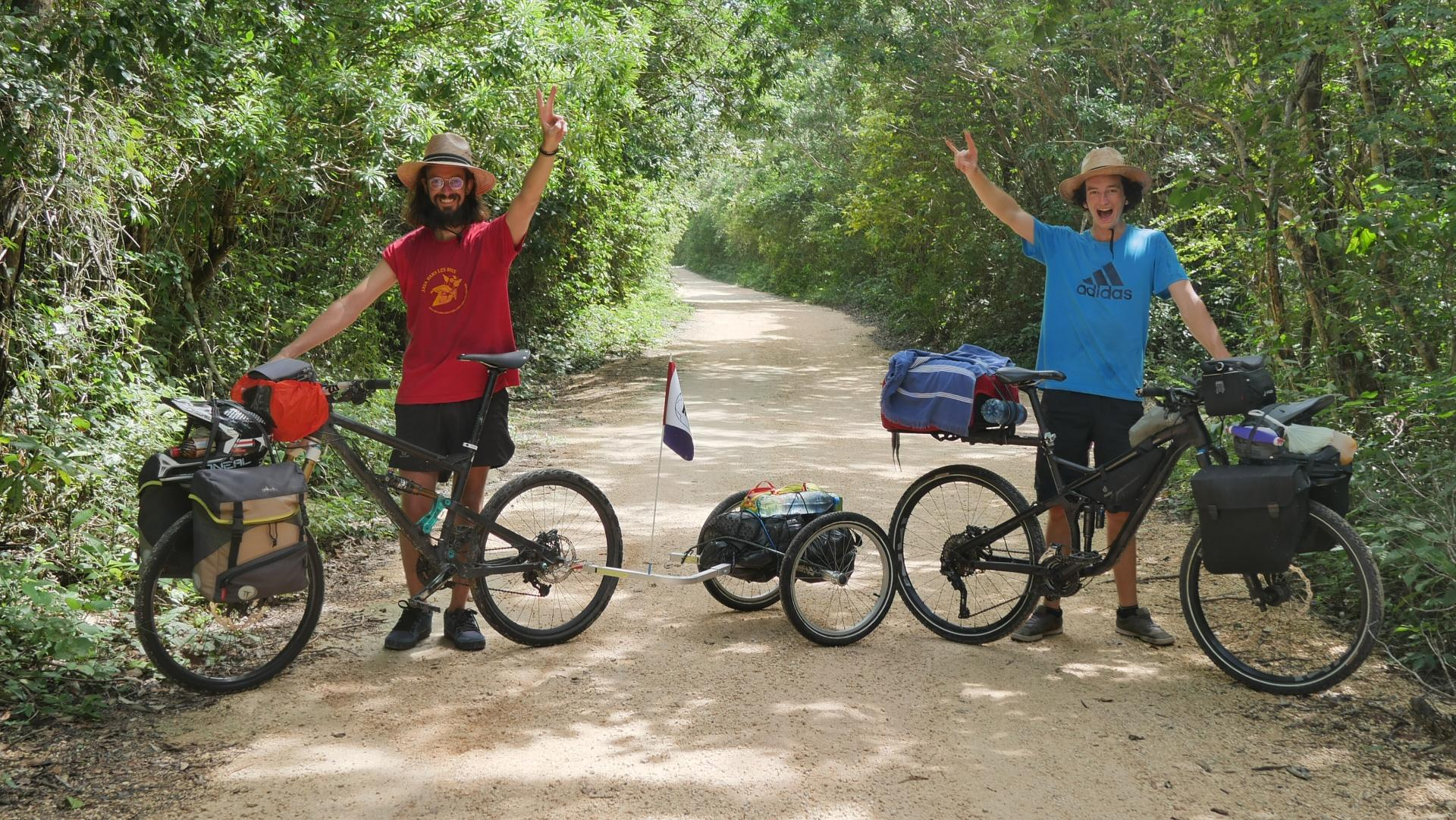 Into the ride   voyage à vélo et VTT freeride f5b6cd26d3f4