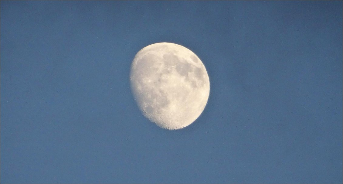 capturez-la-lune-en-photo