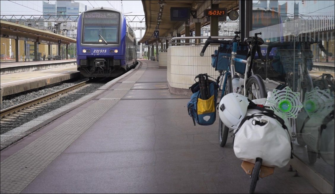 Train + vélo : une relation qui déraille ? Photo : Anthony de Carnets d'Aventures